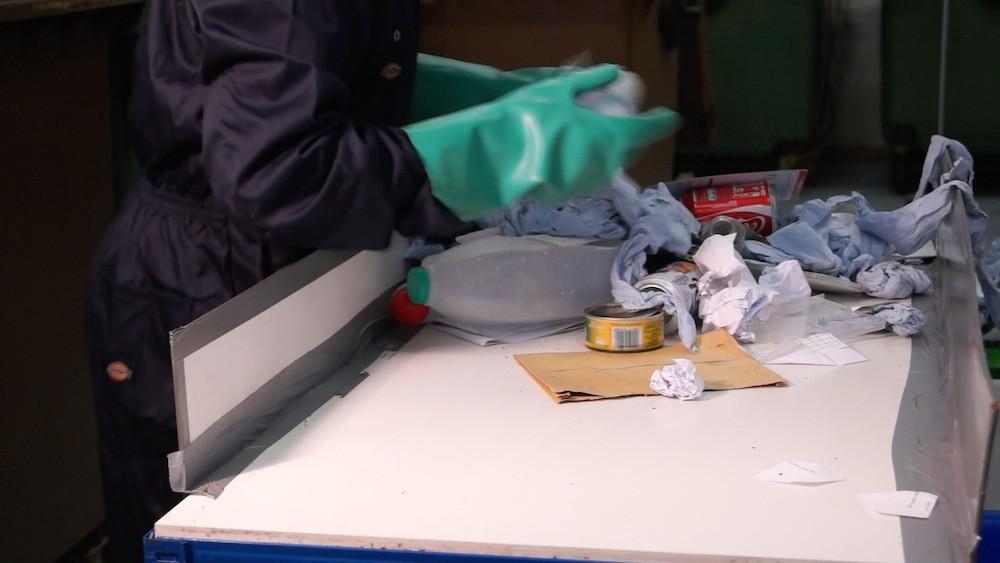 recycling-table-e1417635321729